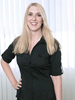 Angelika Weiser